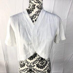 Nina Leonard white cardigan like new